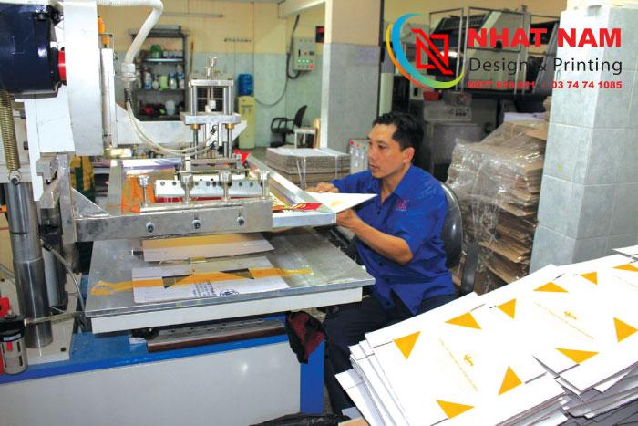 In hộp giấy giá rẻ Hà Nội tại xưởng không qua trung gian chất lượng cao